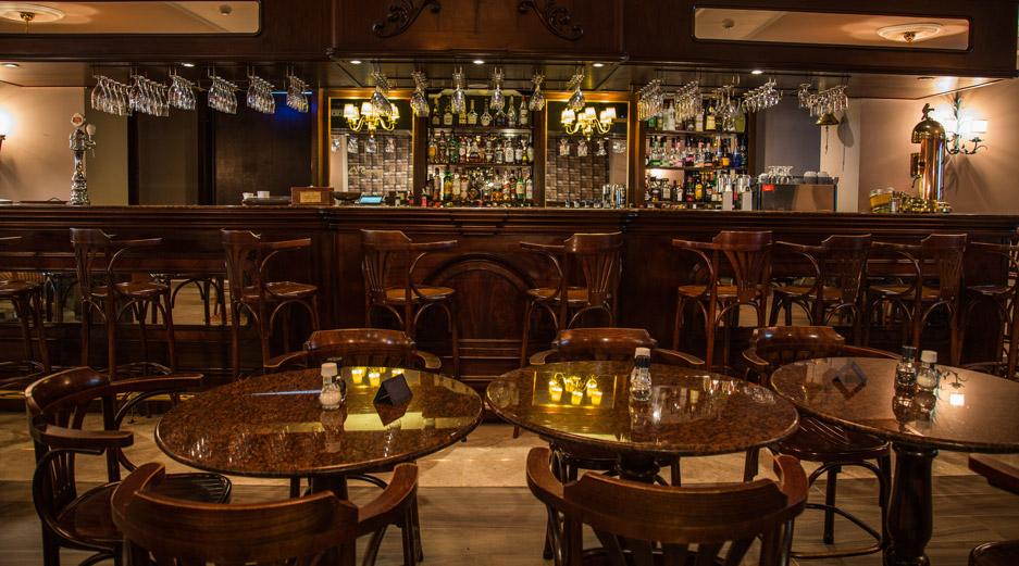 Sliema Restaurants - Penny Black Bar